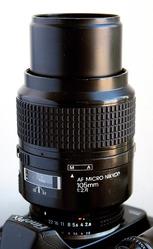 Продам объектив AF Micro Nikkor 105 мм f/2.8