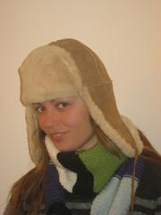 Распродаю шапки-ушанки.