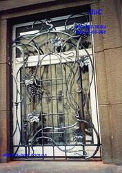 Решетки, заборы, козырьки, ворота.