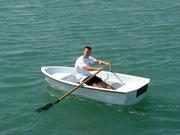 Новую стеклопластиковую лодку Ёрш 275,  доставка по Украине бесплатно.