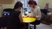 Салон красоты ищет мастеров маникюра, парикмахеров, косметологов.