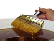 Львов Льняное масло для дерева подчеркивает его натуральный оттенок,  в