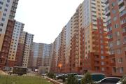 Продам двухкомнатную квартиру в ЖК Радужный. 10 этаж,  55м2