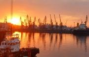 Причал для морских судов и земельный участок 21 га в Одессе.