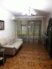 Продам трехкомнатную квартиру ул. Ильфа и Петрова