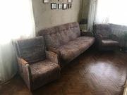 Продам диван-кровать и 2 кресла