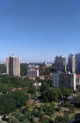 Продам в Одессе отель 8300 м,  участок 20 соток,  под ремонт